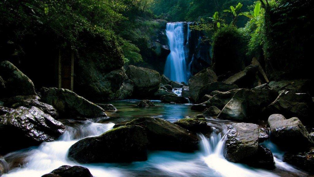 фотографии водопада, красивые фото природы, заставки на рабочий стол