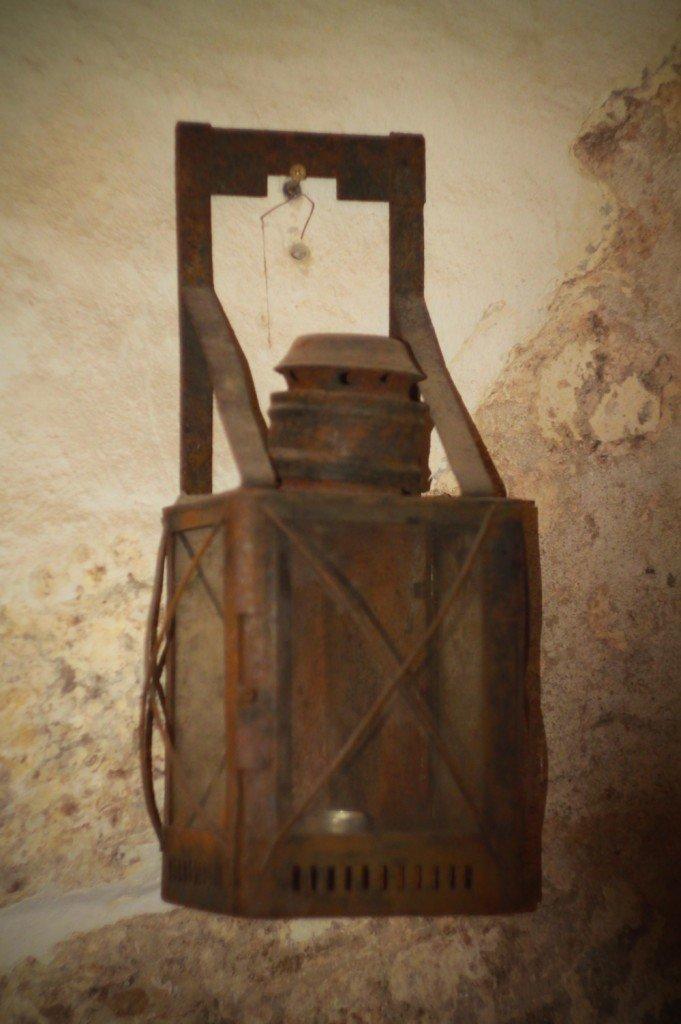 фонарь,янтарный,экспонат,музей,фото,замок,калининградская,область